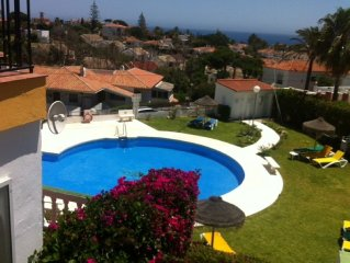 Beautiful 2 bed apartment, Sleeps up to 5, just 10 minute walk to beach, WIFI