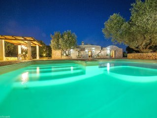 Charming Stone Trullo With Private Pool, Close To