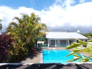 Nouveau - Villa Residentielle avec Piscine pour 6-7 personnes a 300m du Lagon