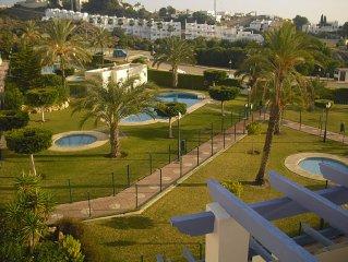 2 Bedroom Apartment in Mojacar Playa - 5 mins walk to the beach and amenities