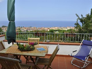 Villa Pettinato, a beautiful villa on the Tyrrhenian coast