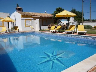 Villa with private pool. Tavira Tourist Licence No. 45