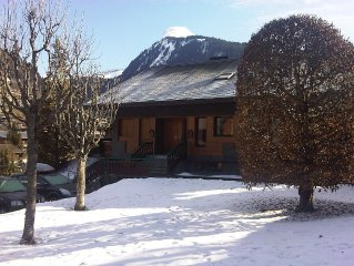 Central Morzine  3 bedroom Ski Chalet sleeps 9, self catering, quiet location