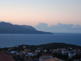 Lovely Holiday Getaway With Stunning Views overlooking Souda Bay