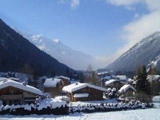 Spectacular Views Of Mont Blanc, 2 Mins Walk From World Famous Chamonix Ski Lift