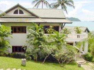 Spacious Thai style Villa on the beach facing the sunset.