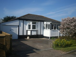 Mariner's Cottage is a charming 2 bedroom bungalow near seafront