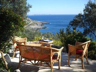 Primaluce, esclusiva villa a picco sul mare, con favolosa vista panoramica