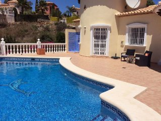 Detached 3 bedroom 2 bathroom villa with private south facing pool.