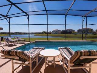 Executive 4 bed 3 bath villa with lake view and large south facing pool with spa