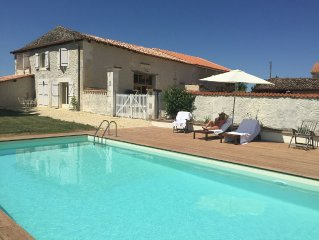 The French Retreat: gorgeous barn conversion & swimming pool - rest assured