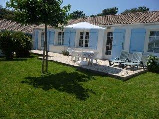 La Menouniere : Maison 200 m de la mer avec jardin et wifi