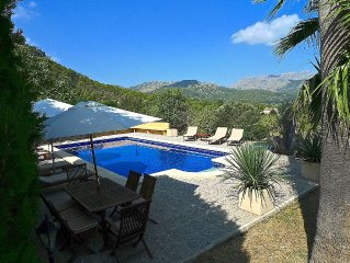 Luxury Villa On 50,000 Sqm w/Private Pool, Breathtaking Views To Mountains