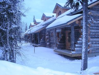 Traditional Ski Cabin in lovely forest setting in Akaslompolo (Yllas)