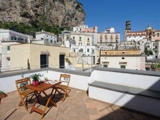 Casa Torre a due passi dal mare sulla Costiera Amalfitana