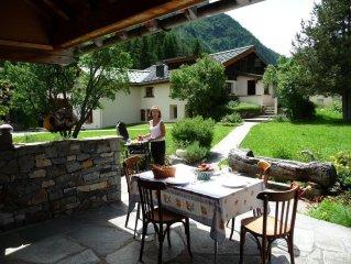 Appartement de Charme dans Maison de Pays, grand jardin, prox Chamonix Mt Blanc