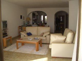 Apartamento t2 em S.Rafael -Albufeira,2 piscinas,5 minutos a pe de 2 praias=500m