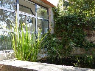 Petite maison indépendante dans un quartier résidentiel de marseille