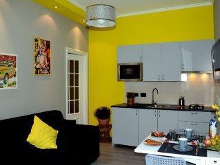 Turin Yellow Apartment - Mole Antonelliana. Bilocale arredato