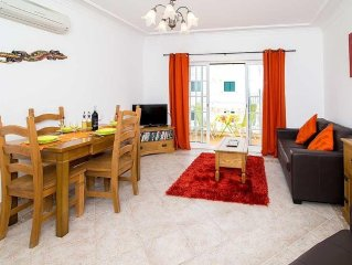 Spacious newly furnished apartment, one double bedroom and double sofa bed.