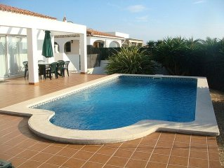 Detached Villa with Private Pool and Air Con in Perfect Location.