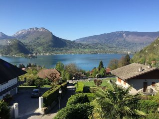 The home of Annecy's lake/House with character and Charm