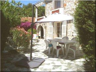 Abordable a Villefranche : Maison familiale, jardin, 4/5 pers, garage