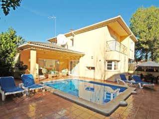 Villa PrestigeCasa con jardin,