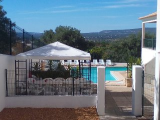 Sleeps 14+ Available Now 23 July 2017 until 29th July Wifi & Air-Con