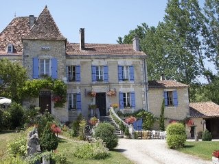 Manoir La Breuille - elegant Manor house with private heated pool