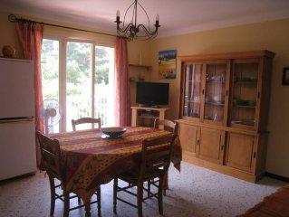 Presqu' Ile De Giens: appartement 35 m2 (1 ch) - residence calme - balcon 8 m2