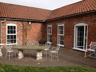 Beautifully Converted  Barn Conversion With 2 Bedrooms Sleeping 4 People