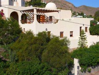 Casa de 2 plantas orientado al mar con magnificas vistas desde sus 4 terrazas