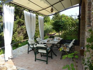 Lovely cottage with great views close San Gimignano,luxury and outside nature