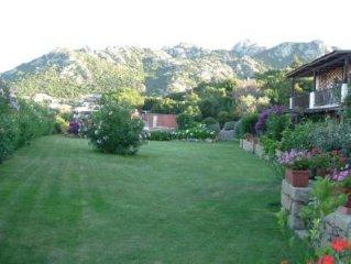 Porto Cervo: Casa con giardino