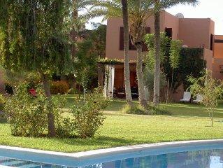 VILLA, palmeraie,dans residence avec piscine et tennis