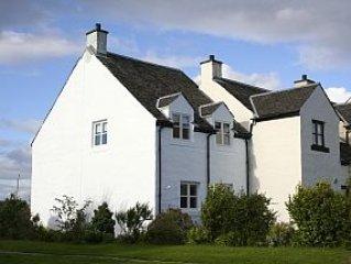 Three Bedroom Cottage In Craobh Haven, Scotland