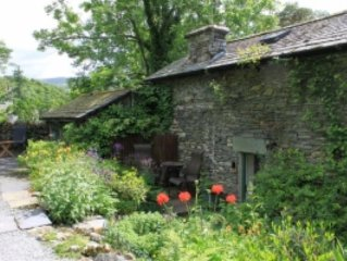 Detached Traditional Stone Cottage With Garden. Short Walk From Ambleside centre