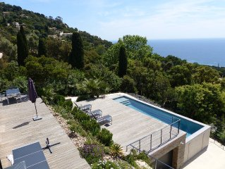 New villa with superb views of the Iles d'Or - 10 pers.