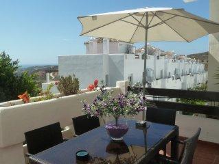 Apartamento de Lujo en Valle Romano Golf & Resort(Estepona).WIFI y campo de Golf