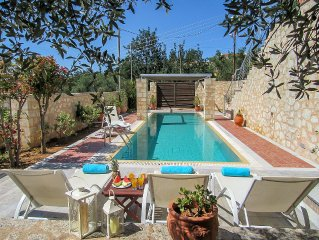 Aphrodite - Luxury Villa - Private Pool - Maid Service - Sleeps 7