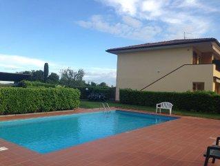 Grazioso appartamento con piscina -  Lago di Garda