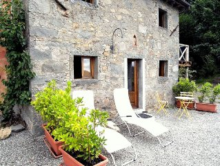 Modernised Rustic Stone Cottage With Spectacular Mountain Views and Shared Pool