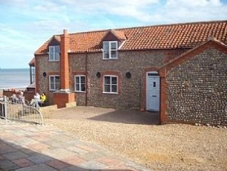 3 Bedroom Detached House Converted from Stables Overlooking Sandy Beach