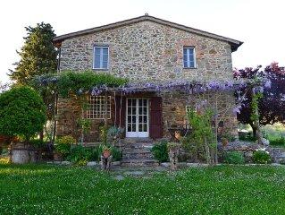 Villa a Citta della Pieve, tra Umbria e Toscana oasi di pace tra boschi e ulivi