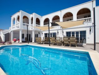 A stunning villa with WOW factor, 9 bed, 9 bath panoramic sea views