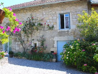 Charming stone cottage with sauna, pool, near the Grand Colombier and lakes