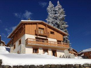 Chalet au pied des pistes, retour ski au pied, vue degagee sur les montagnes