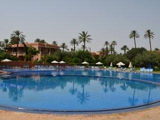 Très bel appartement dans domaine sécurisé Palmeraie de Marrakech