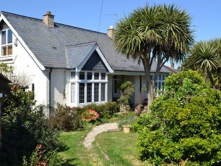 Character Cottage, Secluded Garden, Ideal for Beaches, Goodwood & Fest of Speed